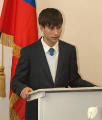 председатель студсоюза Артем Хромов